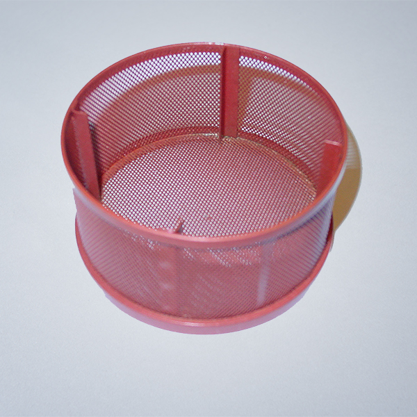 PU anti-slip coating on cleaning basket with additional wear protection